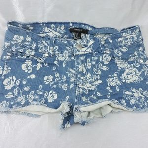 Forever 21 Women's Jean Shorts Sz 27 Stretch Roses